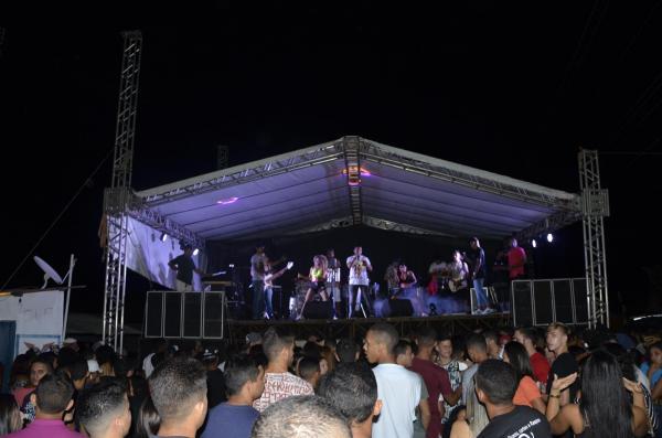 Show no Budega's (imagem: Valdomiro Gomes/CANAL 121)
