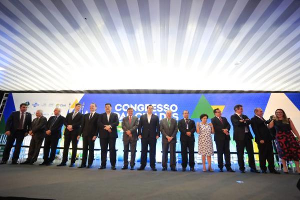 Autoridades no Congresso das Cidades (Imagem: Marcelo Cardoso)