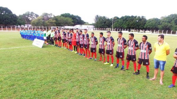 Uma linda festa esportiva abriu o Campeonato de Futebol em Barro Duro