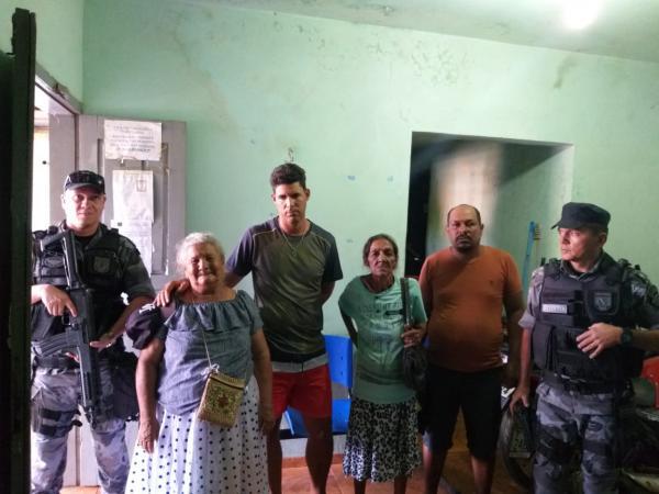 Os presos foram levados para delegacia de Amarante (Imagem: Divulgação PM)