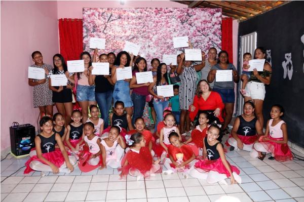 Secretaria de Cultura de Água Branca realiza festa em homenagem para as mães