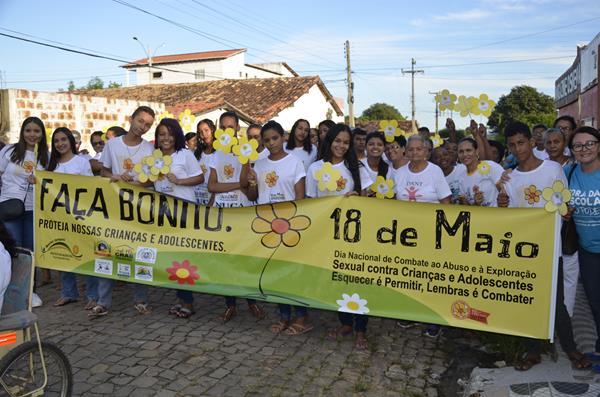 Caminhada do Dia Nacional de Combate ao Abuso e à Exploração Sexual de Crianças e Adolescentes (Imagem: Valdomiro Gomes/CANAL 121)