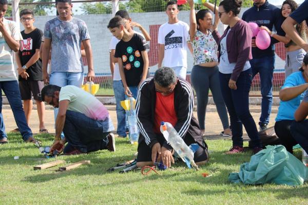 Estudantes de Água Branca apresentam projetos para XIII Mostra Brasileira de Foguetes