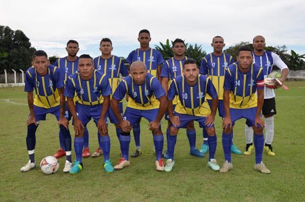 Seleção de São Gonçalo do Piauí (Imagem: Valdomiro Gomes/CANAL 121)
