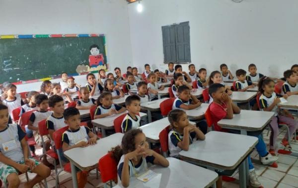 Debate ao abuso e exploração sexual é tema de palestra em Escolas de Barro Duro