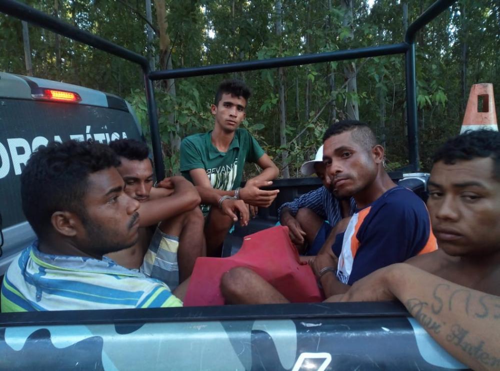 Os presos foram encaminhados para DP de de Água Branca (Imagem: Divulgação PM)