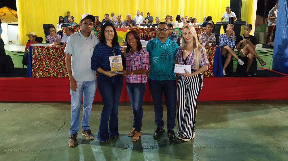 1ª Noite do 31° Arraiá do Gorgulho de Valença do Piauí; veja imagens