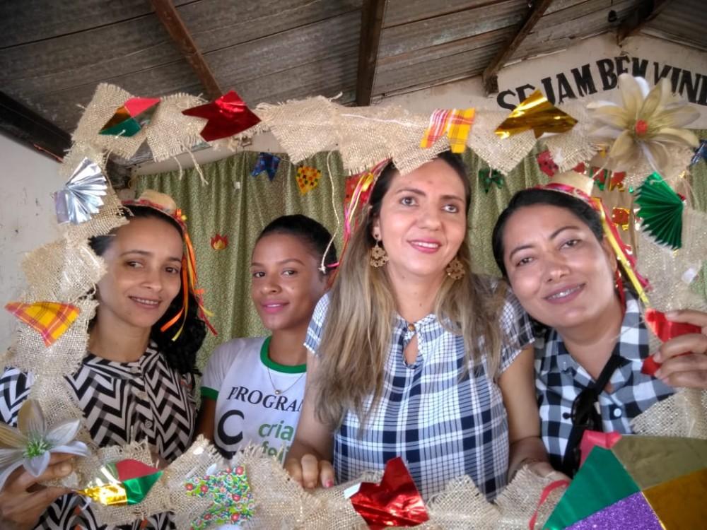 Social de Lagoa do Sítio realiza arraiá para terceira idade