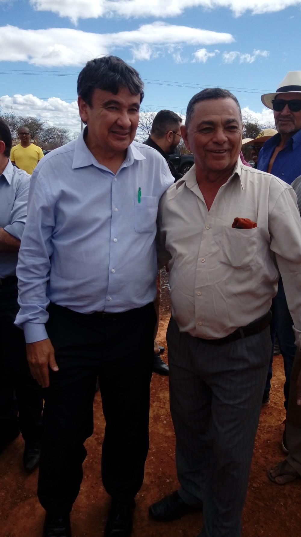 Prefeito Walter Alencar acompanha visita do Governador em Jacobina do Piaui