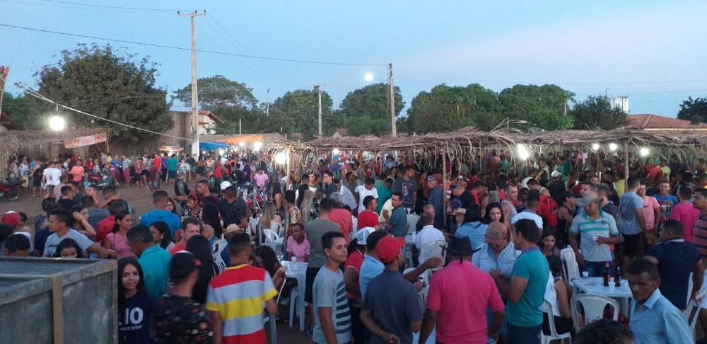 Tradicional Corrida de Cavalos foi realizada com sucesso em Olho D'água do Piauí