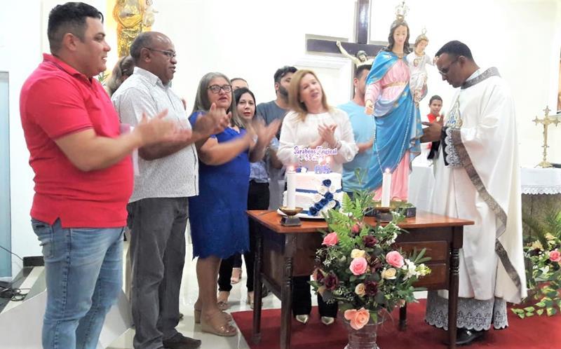 Missa em Ação de Graças e corte do bolo marcam aniversário de Angical do Piauí