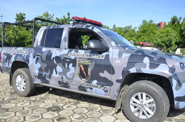 Viatura da Força Tática de Água Branca (Imagem: Valdomiro Gomes/CANAL 121)