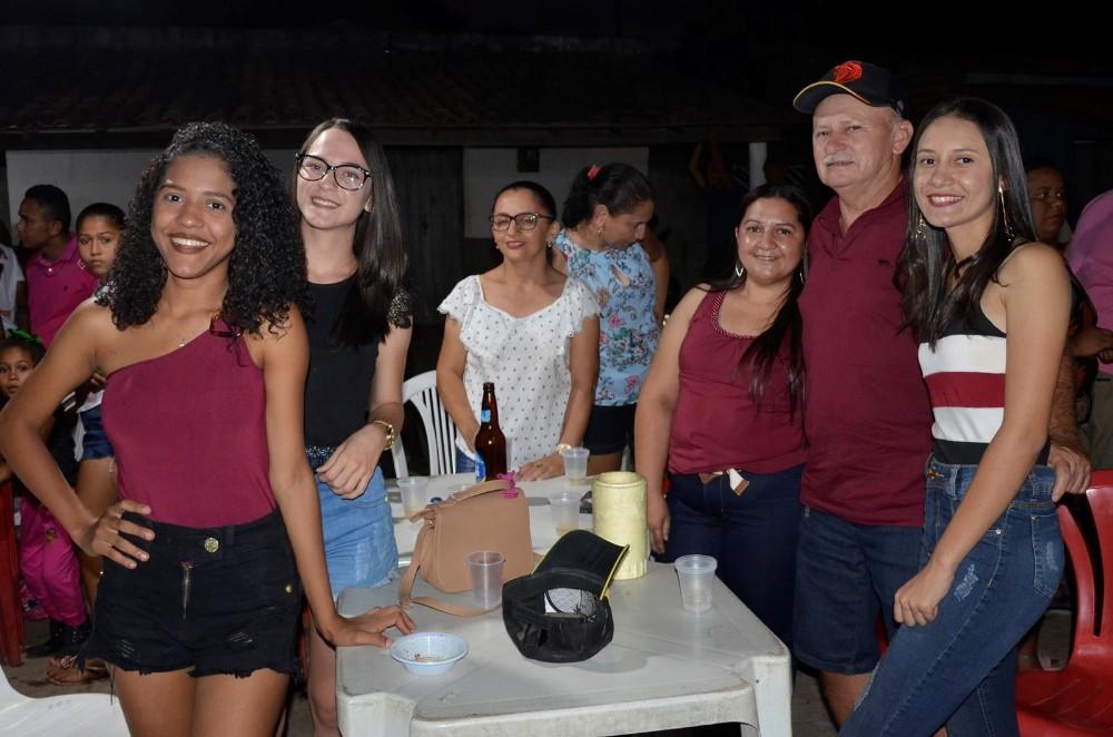 Futebol e Cavalgada movimentam tarde de sábado da comunidade Baixinha; veja imagens