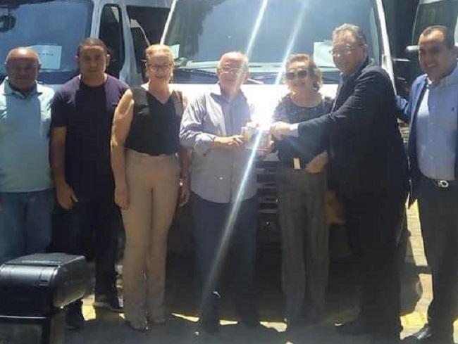 Angical do Piauí recebe Van para transporte de pacientes