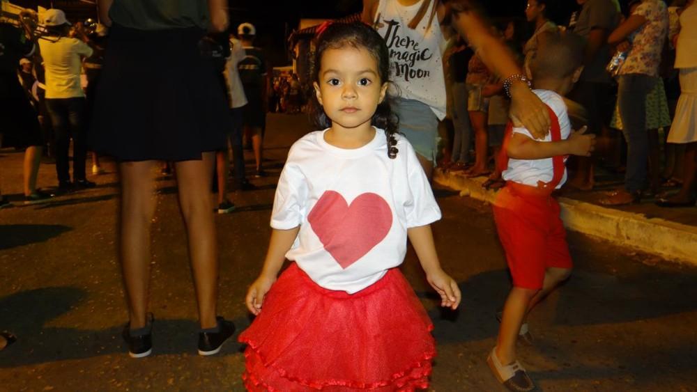 Independência | Desfile cívico realizado pelo Instituto Educacional São Pedro reuniu milhares de pessoas em praça pública