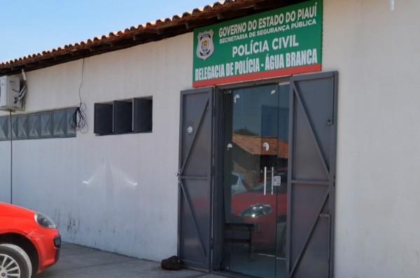 Delegacia de Água Branca (Imagem: Valdomiro Gomes/CANAL121)