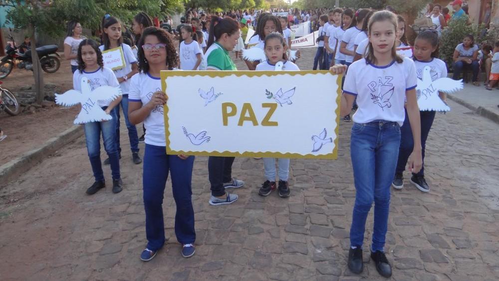 São Pedro | Escola municipal Doutor Clóvis realiza desfile cívico alusivo a independência do Brasil