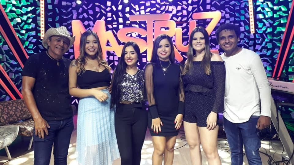 Cantora piauiense é a nova integrante da banda Mastruz com Leite - Reprodução / Facebook - Mastruz com Leite