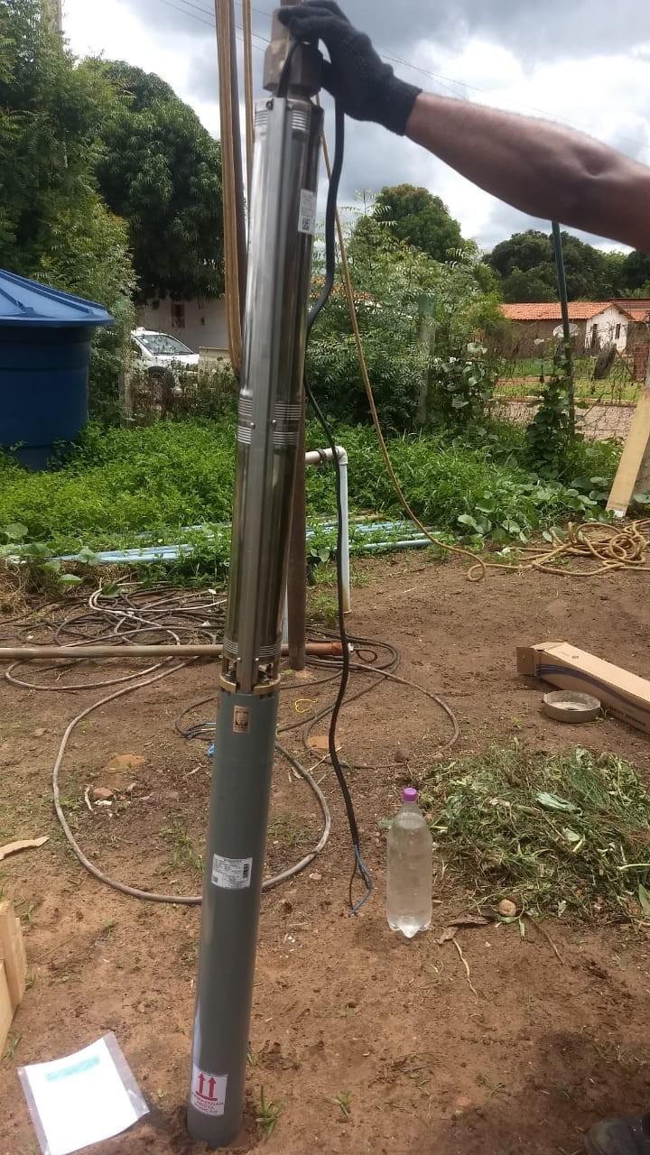 Prefeitura Municipal instala nova bomba d'água no bairro Vale Verde