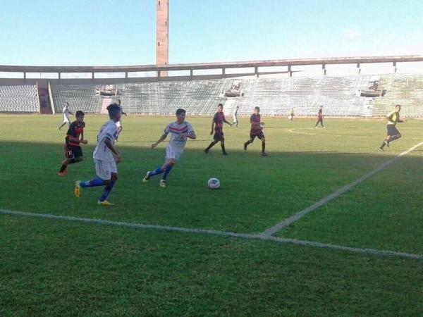 Piauí vence o Flamengo-PI por 2x0 na abertura da terceira rodada